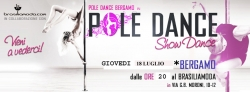 NOTTE VERDE A BERGAMO...POLE DANCE ON THE ROAD!!!!